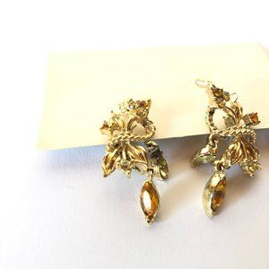 Jewelry - Vintage Clip Earrings with Gold Stones